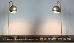 lampu-meja-kuningan
